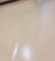 1階ロビーの床材